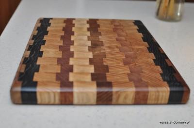 DSC 0396 400x265 Deska do krojenia z kolorowego drewna