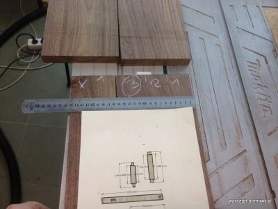 2014 01 25 22.56.30 400x300 Relacja z budowy stołka warsztatowego (#SSBO)