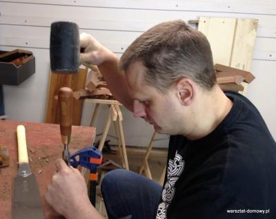 2014 01 26 22.26.35 1 400x317 Relacja z budowy stołka warsztatowego   dzień drugi #SSBO