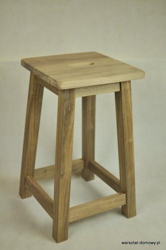 DSC 0339 332x500 Stołek barowy z drewna orzechowego