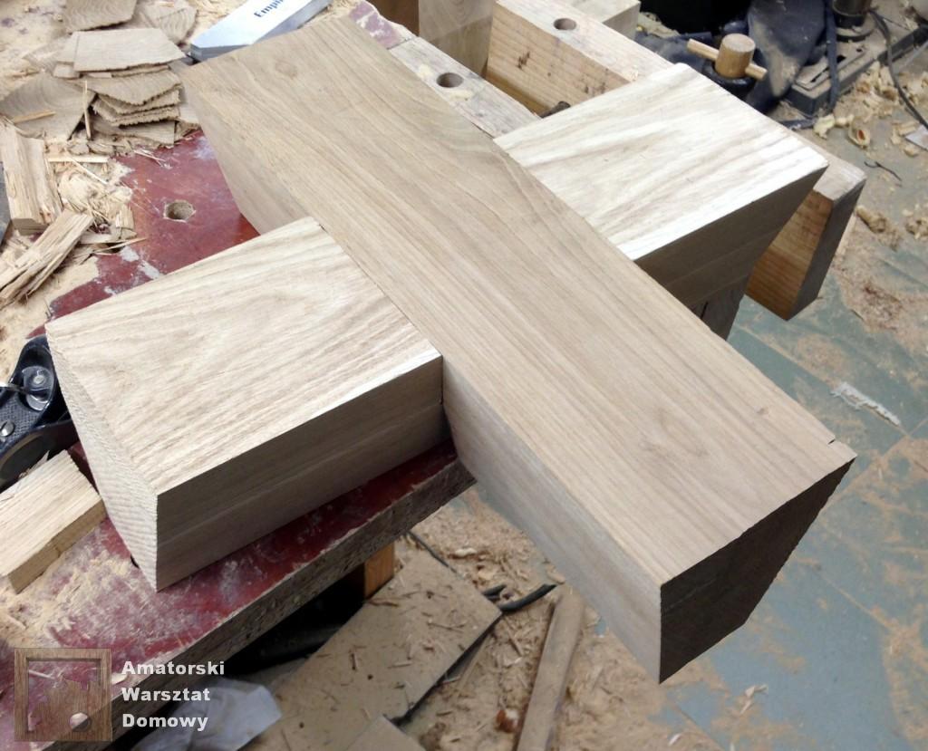 IMG 5584 1024x829 Dębowy stołek według projektu pani Joanny