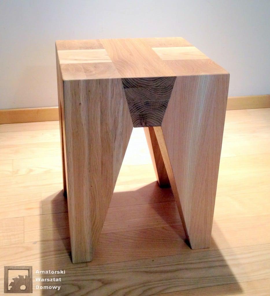 IMG 5711 934x1024 Dębowy stołek według projektu pani Joanny